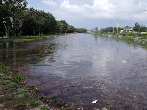 หมู่บ้านปาริชาต ปิ่นเกล้า กับน้ำท่วม 2554 (4/6)