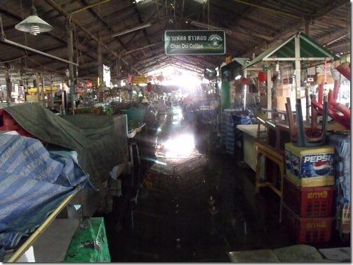 Thaiflood_Buddhamontol_20111030_10