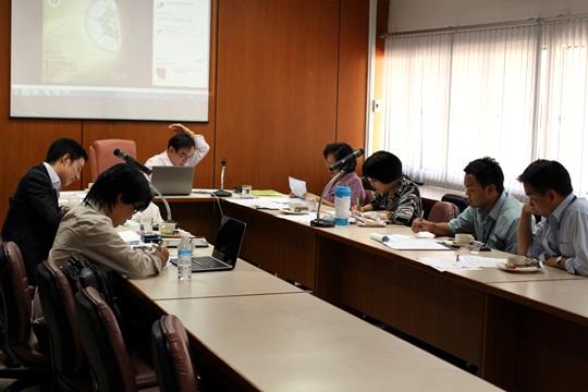 ประชุมกรรมการพัฒนาหลักสูตร