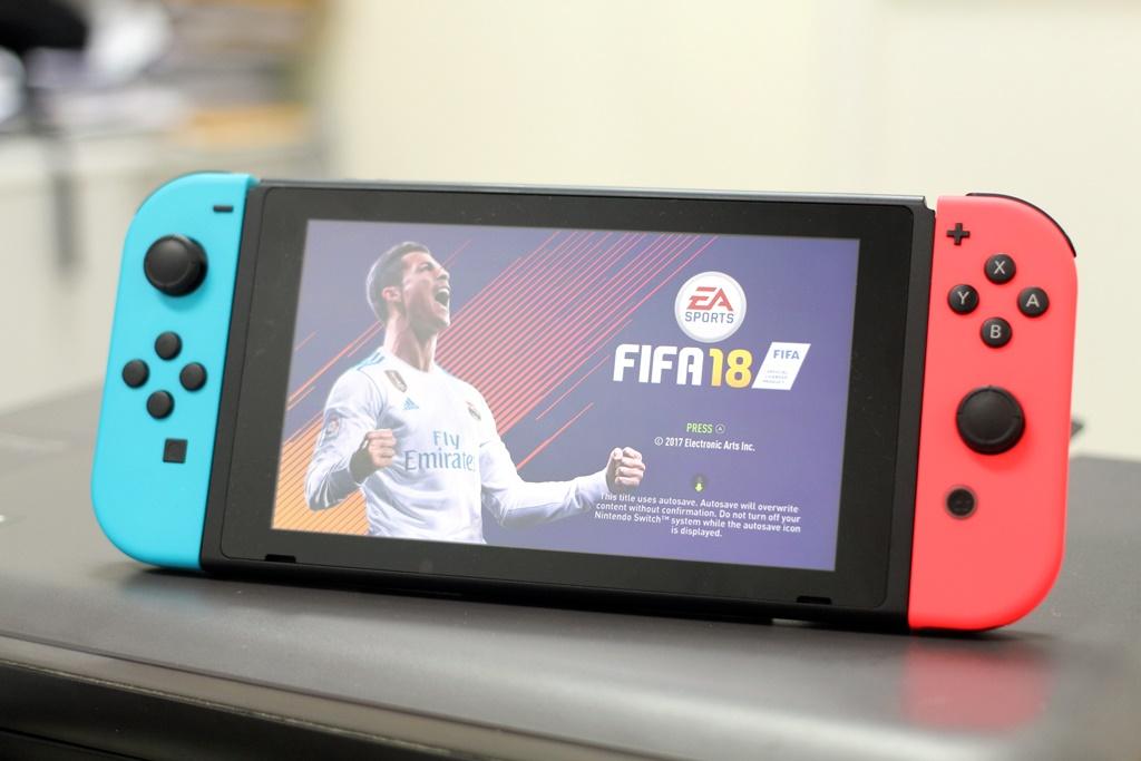 FIFA18_Switch_01